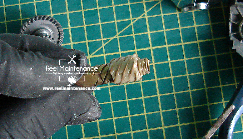 cals grease pinion gear